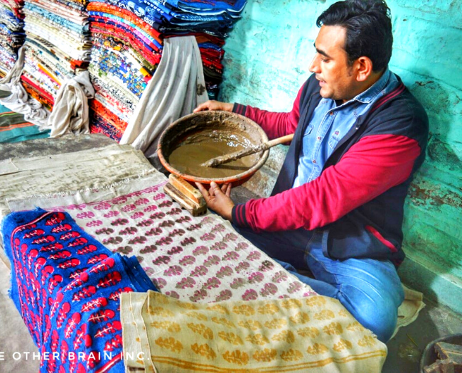 Exquisite Dabu style of Block Printing demo going on at Kankani village which makes it one of the most experiential places to visit in Jodhpur