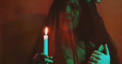 Anne Bennett Deep in the Shadows single cover