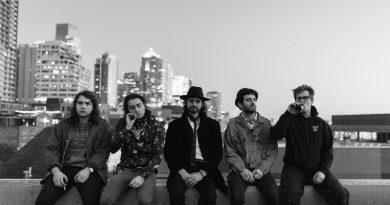 Elvis Batchild band picture