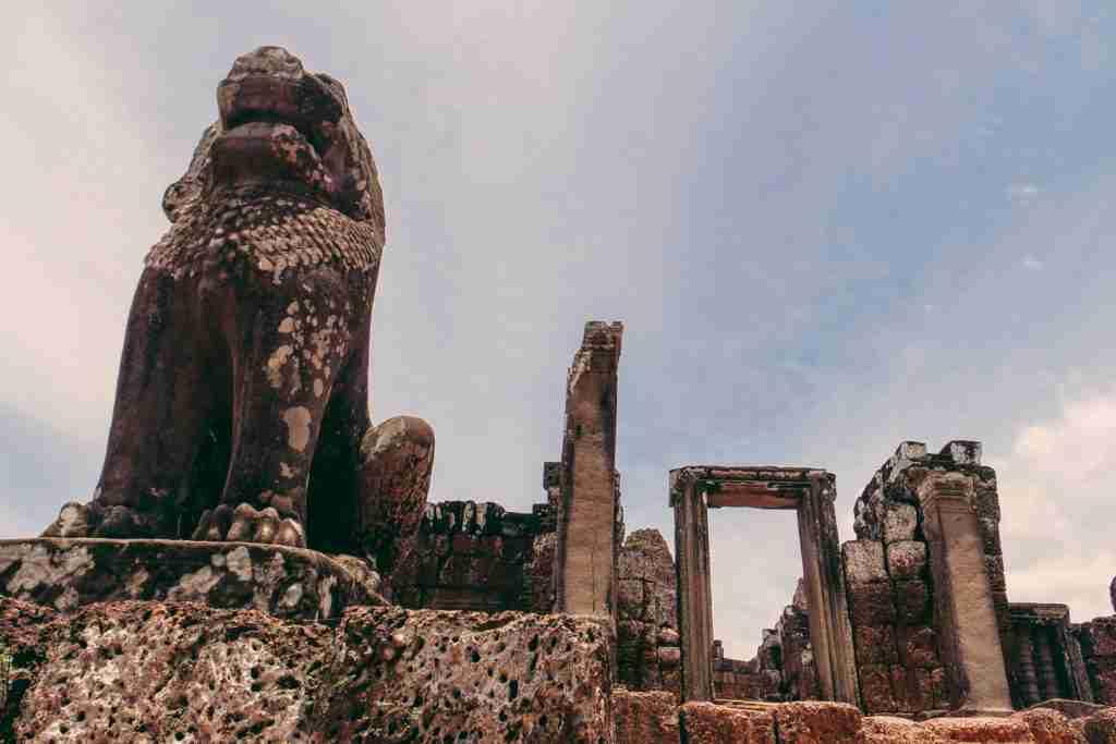 east mebon temple siem reap cambodia