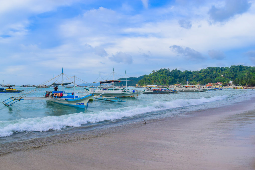 boats in el nido palawan