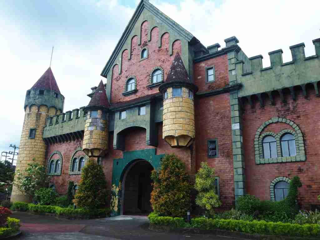 castle fantasy world in lemery batangas