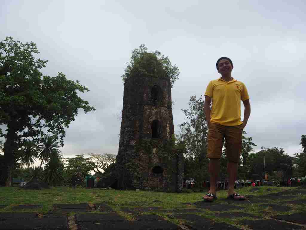 photo with cagsawa ruins