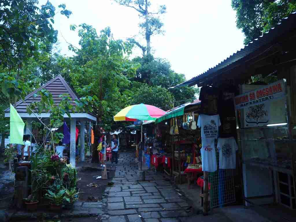 Local stores inside Cagsawa Ruins