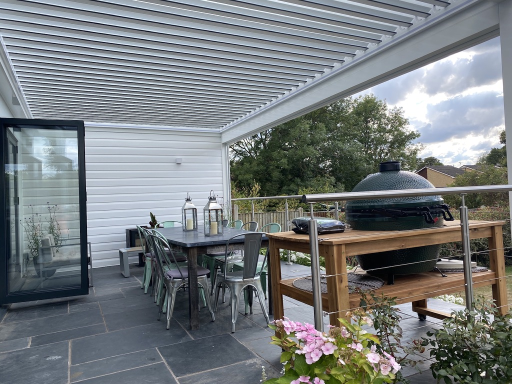 louvered roofs in daventry