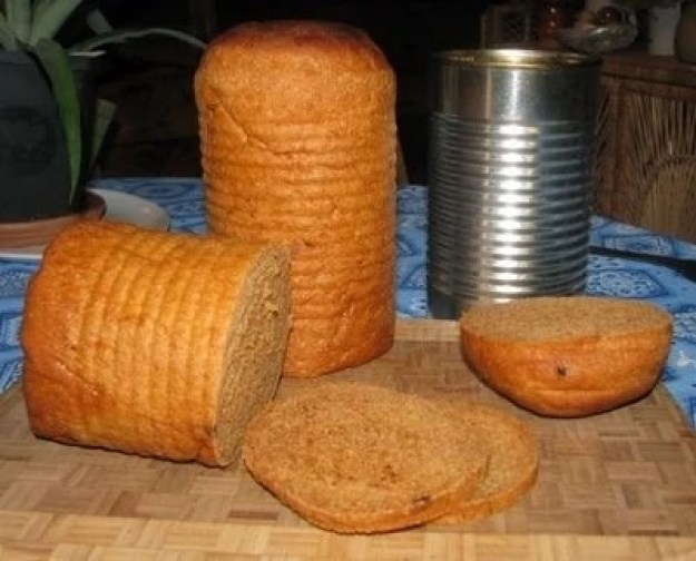 Bake bread, rusks and more in cans
