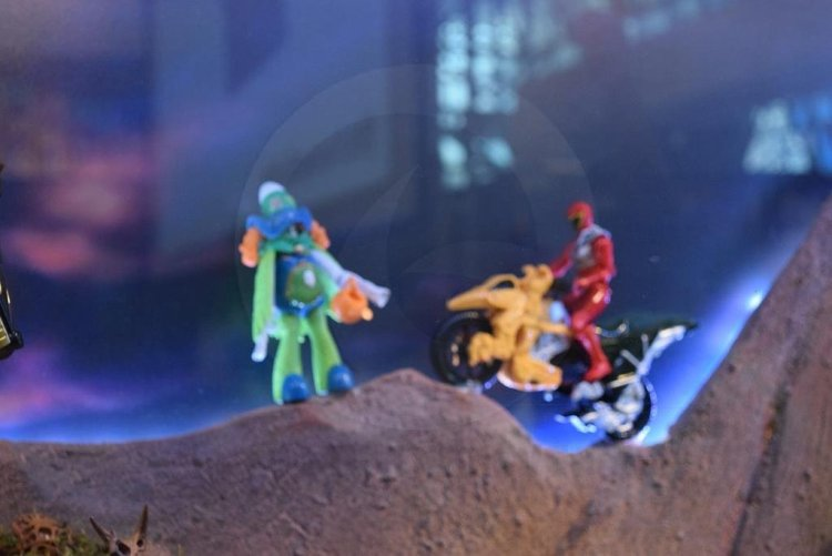 nycc2015-Power_Rangers_Dino_Charge6