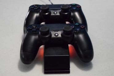 pdp-ps4-energizer-extra-life-charge-system-01