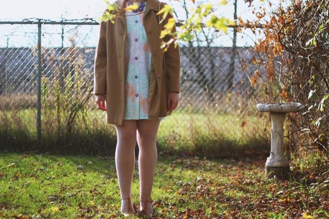 pastel-1980s-dress-coat-vintage-outfit-07