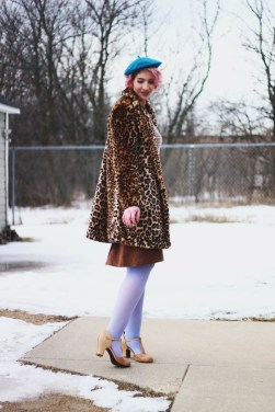 leopard-print-jacket-vintage-thrifted-winter-outfit-09