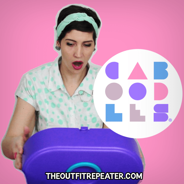 What's In My Caboodles Case? 1980s 1990s girl caboodles case makeup finger nail art storage travel colorful nostalgia throwback retro vintage thrifted video