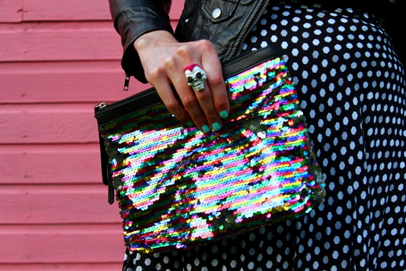 fall fashion outfit details pattern mixing H&M leather jacket thrifted thred-up girl gang baddie sequin clutch pink YSL lipstick pink wall summer