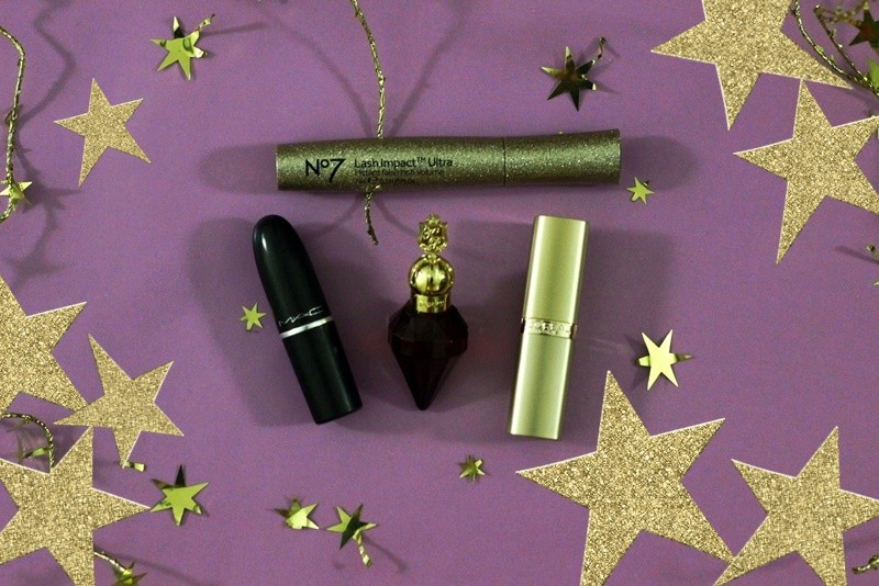 the outfit repeater hannah rupp holiday self care ideas tips and tricks products shopping christmas season