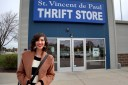 the-outfit-repeater-hannah-rupp-fashion-blog-thrift-store-reviews-wisconsin-stvincents-church-volunteer-inexpensive-cheap-shopping-secondhand-thrifting-04