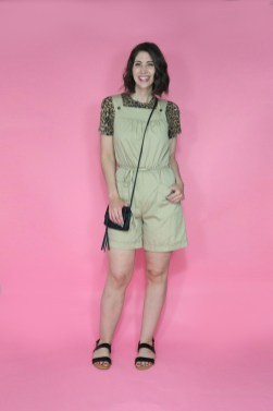 june-thrift-haul-video-outfits-2020-hannahrupp-theoutfitrepeater-03