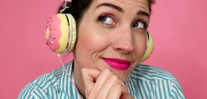 6 Podcasts To Listen To If You Love Thrifting