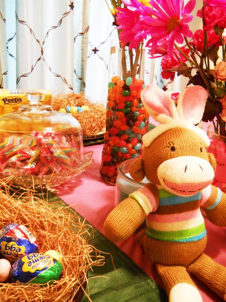Easter table, monkey bunny