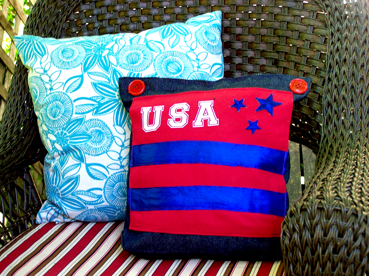Quick & Easy Patriotic Pillow