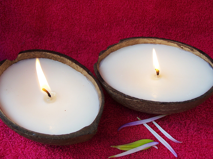 Real Coconut Shell Soy Candles (Made in Hawaii) Review + Giveaway! Ends 12/09