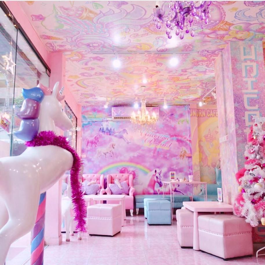 unicorn cafe bangkok thailand japan rainbow clouds plush stuffed fashion food ice cream pizza horns pastel pink dream fantasy