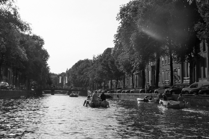 Amsterdam_Canal-10_Netherlands