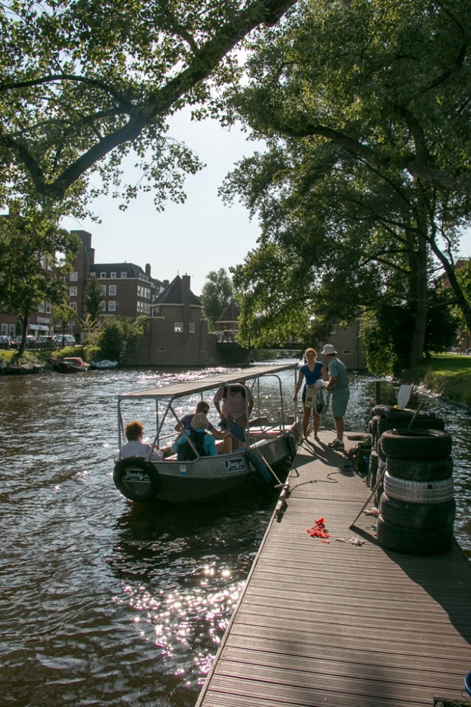 Amsterdam_Canal-2_Netherlands