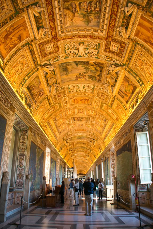 Rome, Italy - The Roman Guy - The Overseas Escape-10