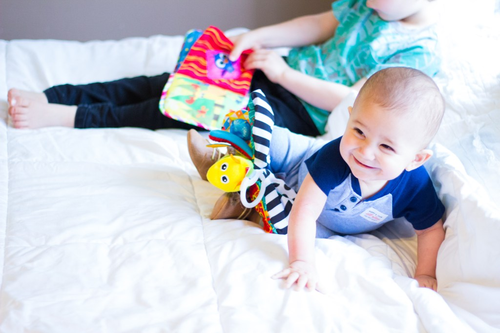The Science Of Playing With Your Baby and The Benefit of Lamaze Toys