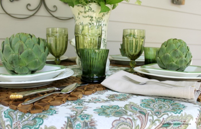table-setting-green-glassware-lettuce-plates-the-painted-chandelier