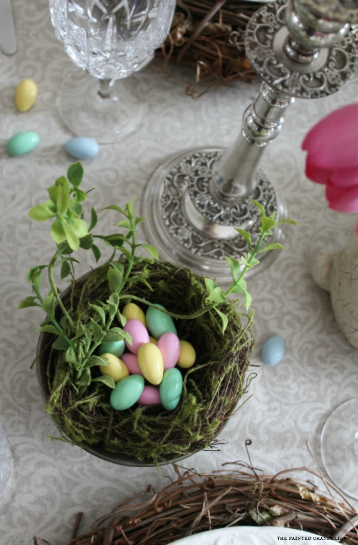 closeup-candy-eggs-in-birds-nest