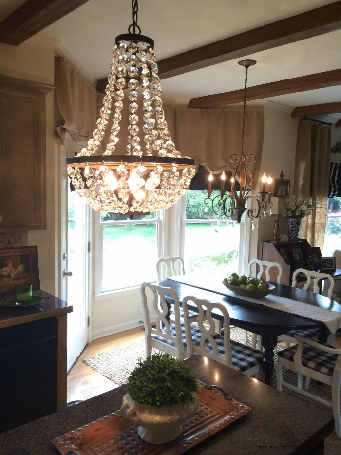 chandeliers-in-kitchen-iphone