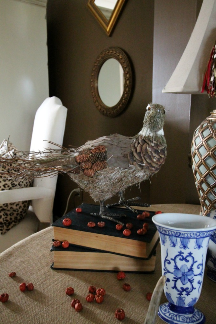 quail-burlap-table-dining-room