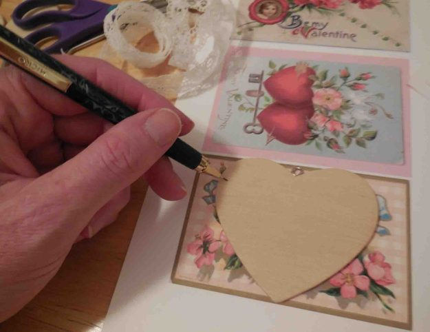 Valentine's Day Mobile DIY Tutorial