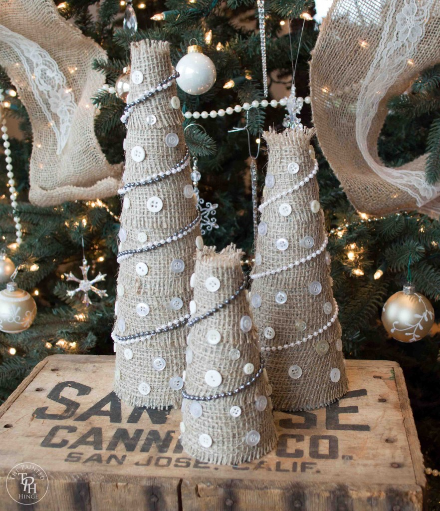 Burlap and Buttons Christmas Tree Tutorial
