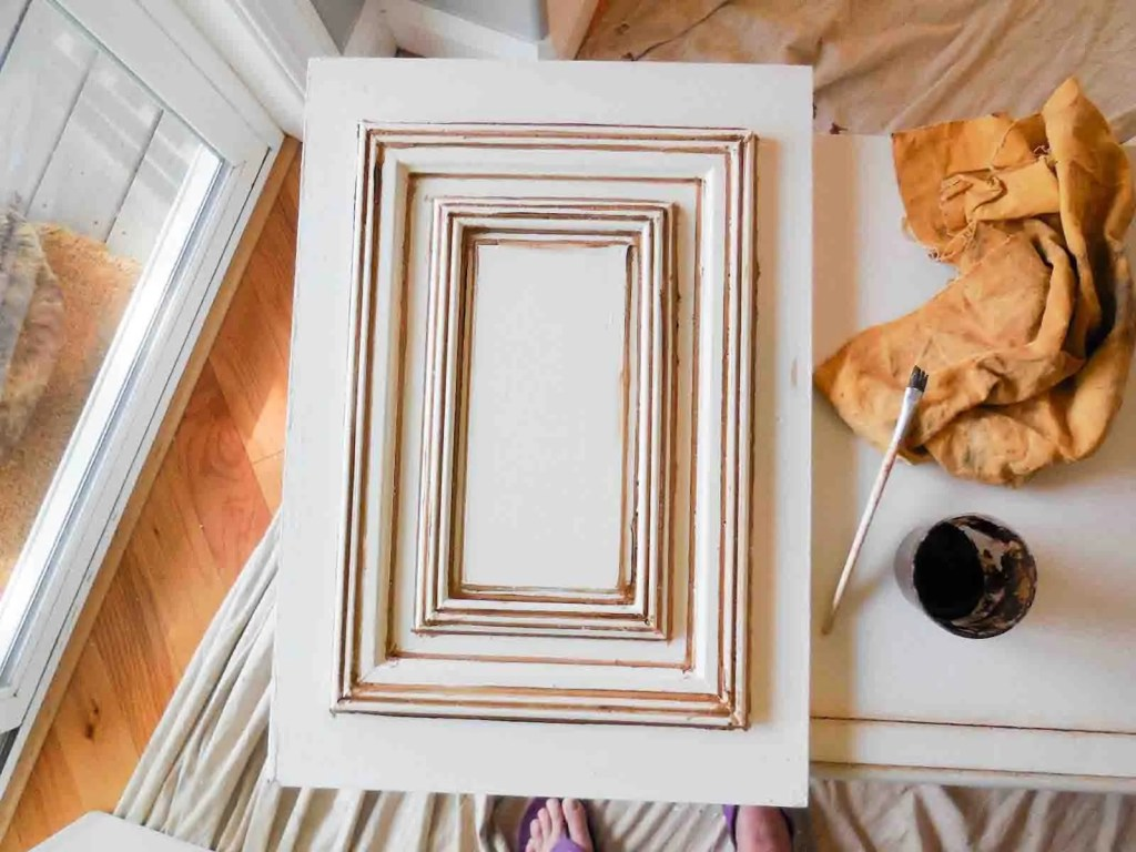5 Tips For Antiquing Amp Distressing Painted Furniture