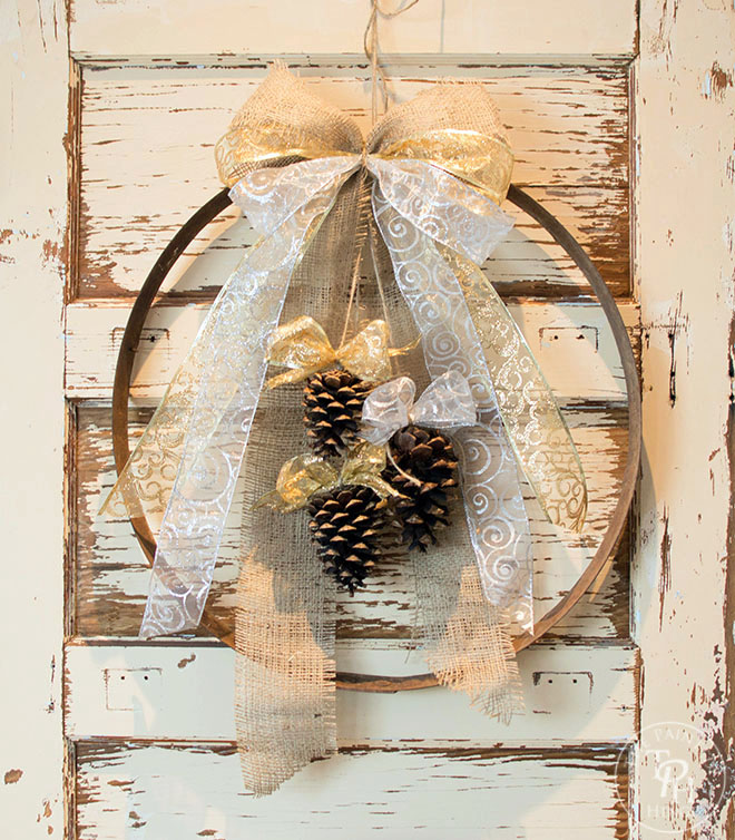 diy-wine-barrel-ring-christmas-wreath-1
