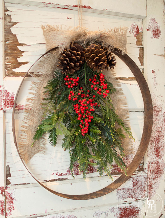 DIY Wine Barrel Ring Xmas Wreath 2.0