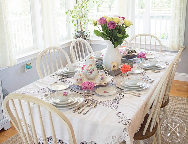 A Farmhouse Tea and Roses Party #farmhouse #teaparty #roses #teaandroses #farmhousestyle #farmhousedecor