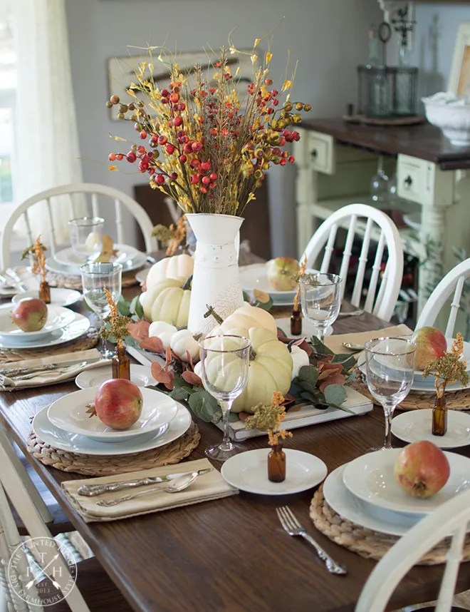 Farmhouse Fall Tablescape
