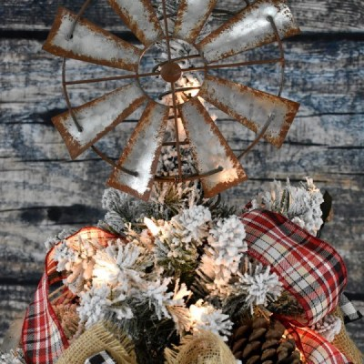 Shooting Myself In The Foot Christmas Style – The Farmhouse Friday Link Party Week 87