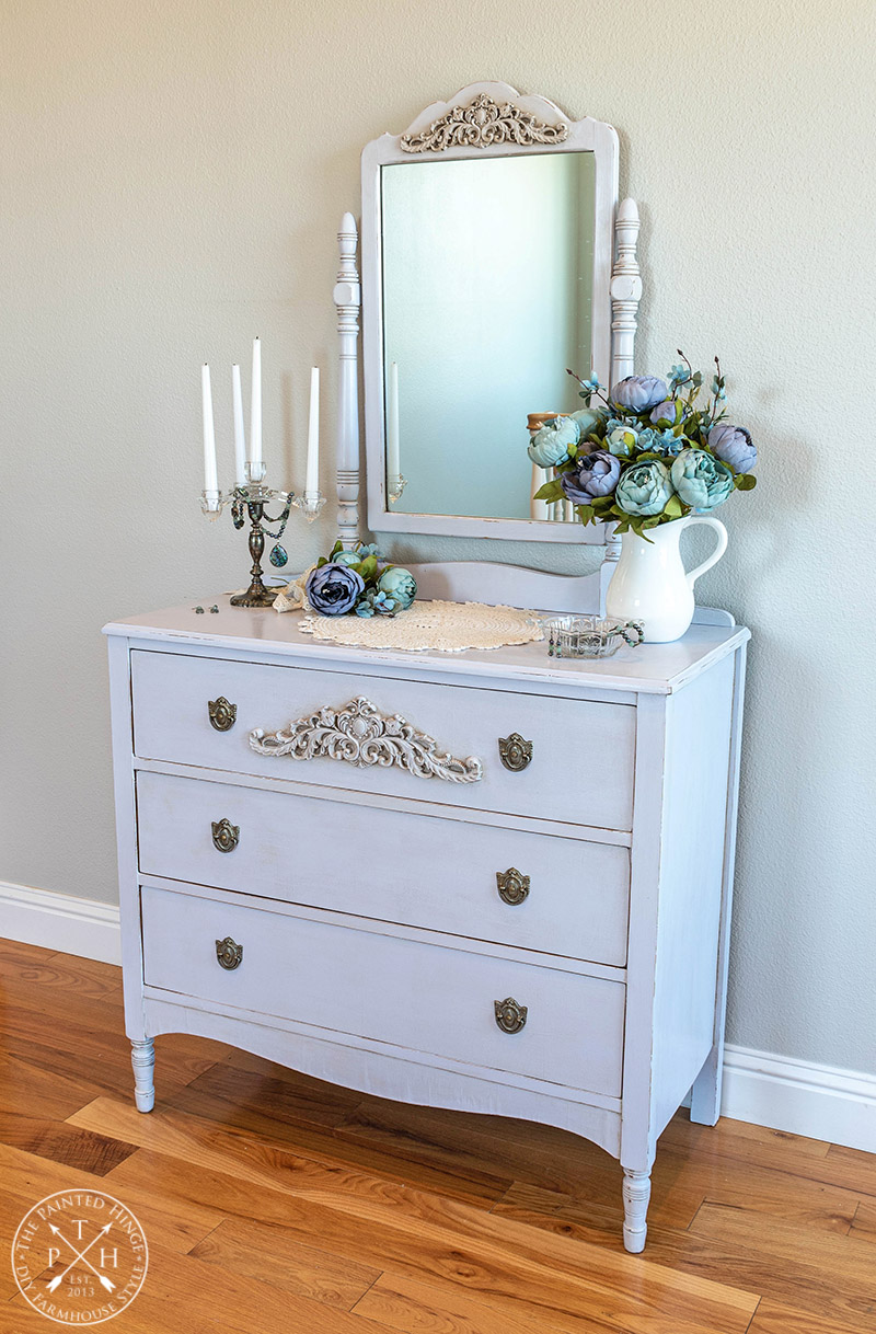 Vintage Dresser Makeover with Amy Howard at Home One Step Paint