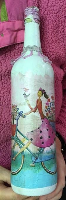 bottle-finished-Julie-closeup