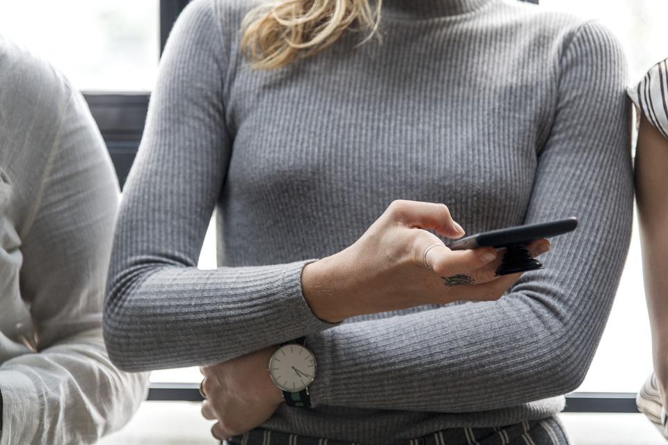 woman chatting