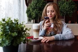 girl chatting
