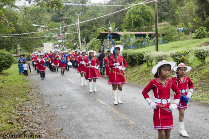 desfile rojo 2