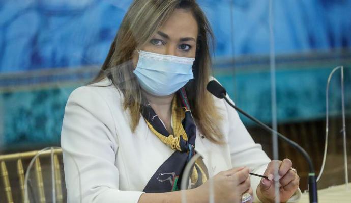 Dr. Eyra Ruiz