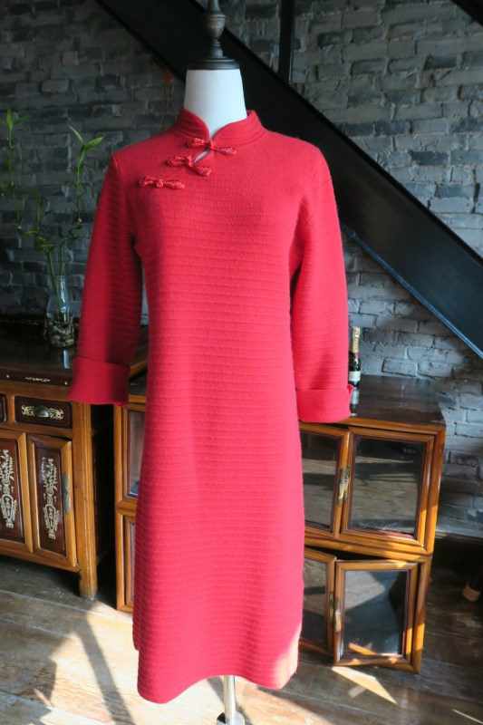 Red knitted stretch wool Chinese New Year qipao front view