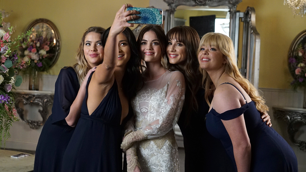 Pretty Little Liars Reboot by Riverdale's Creator: Plot, Cast and Release Date