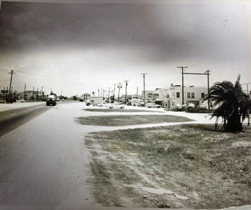 NAS CC South Gate 1949