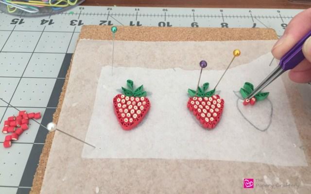 MakingQuillingPaperStrawberries - HowToMakeQuillingPaperStrawberries